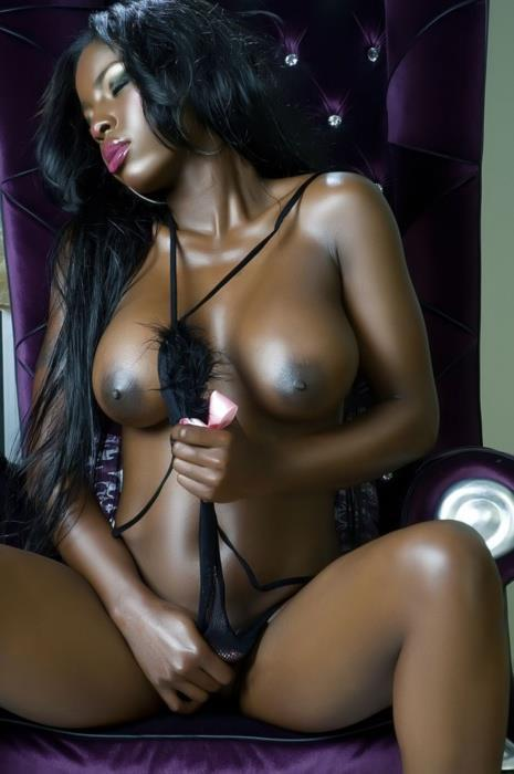 lwgrandphotography:  I love dark berries cause sweeter the juice