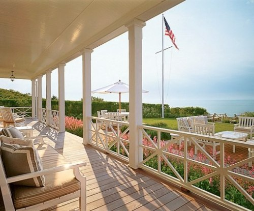 newenglanddreams:  thefoodogatemyhomework:  Nantucket view. By the way, is it summer yet?  Love