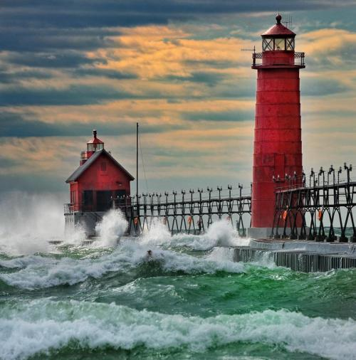 madame-bazaar:   Harbor of Grand Haven, Michigan  USA. By John McCormick
