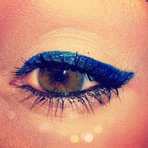 I'm very excited about my sapphire eyeliner today!! #maybelline #eyestudio #eyeliner #blue #makeup