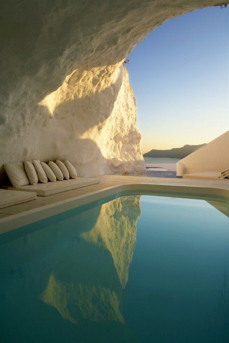 Natural Pool, Santorini, Greece. These kinds of places are where I want to be. ♥