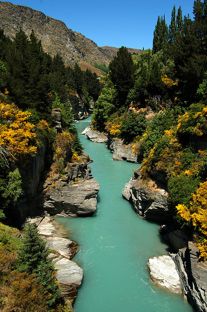 visitheworld:  The beautiful turqoise waters of the Shotover River, New Zealand (by Granitez).