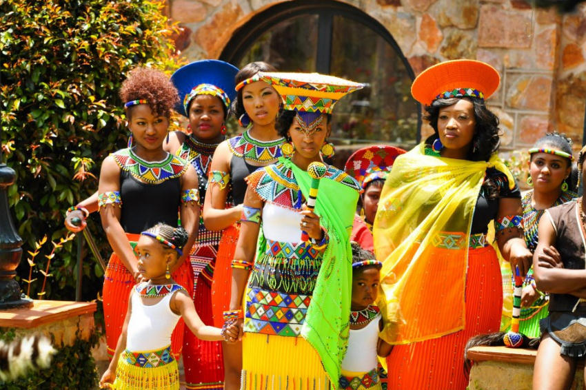 yvonnesantos89:  mimpuma:  A Zulu Wedding  Look at all of the beauty going on right here!!!