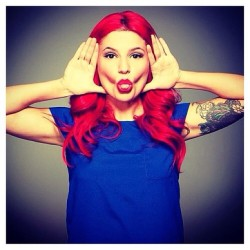 #womancrushwednesday because she's adorable and hilarious. #carlyaquilino #girlcode #shesocute #funny