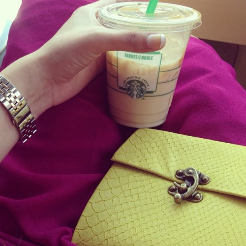 Pretty young things! 💕 #pyt #starbucks #neonclutch #mkwatch