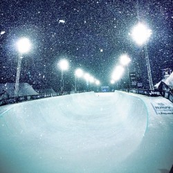 aspensnowmass:  Beautiful night for snowboard pipe prelim's.  (at X Games Aspen 2013)  Serious…