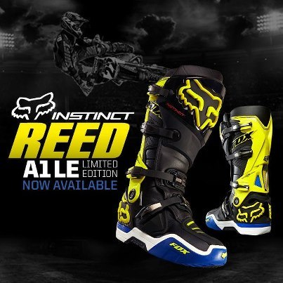 fuckyeahchadreed:  Pick up a pair of Chad Reed's Fox Racing boots before they are gone!   Want!!
