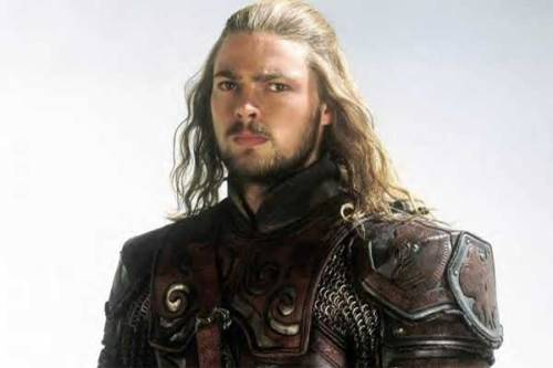 gorgeouslonghairedmen:  Karl Urban as Eomer in Lord of the Rings