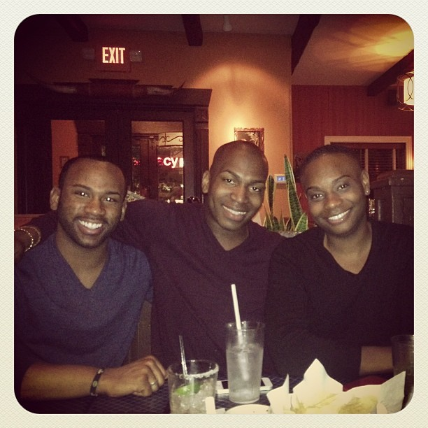 Reunited and it feels sooooo good! #friends #life @joshuaderrel @kadrion  (at Uncle Julio's)