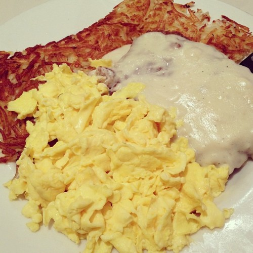 #chicken #fried #steak :D #breakfast for #dinner (at Jim's Coffee Shop)