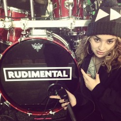 ellaeyre:  Who was at the London gig last night? It went OFF!