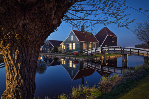followthewestwind:  Zaanse Schans by Allard One on Flickr.