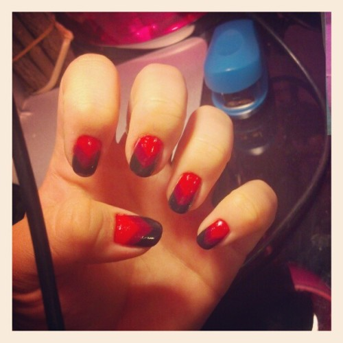 Nailsnailsnailsnailsnails. #nails #snails? #valentinesnails #red #ombrenails #chevronnails