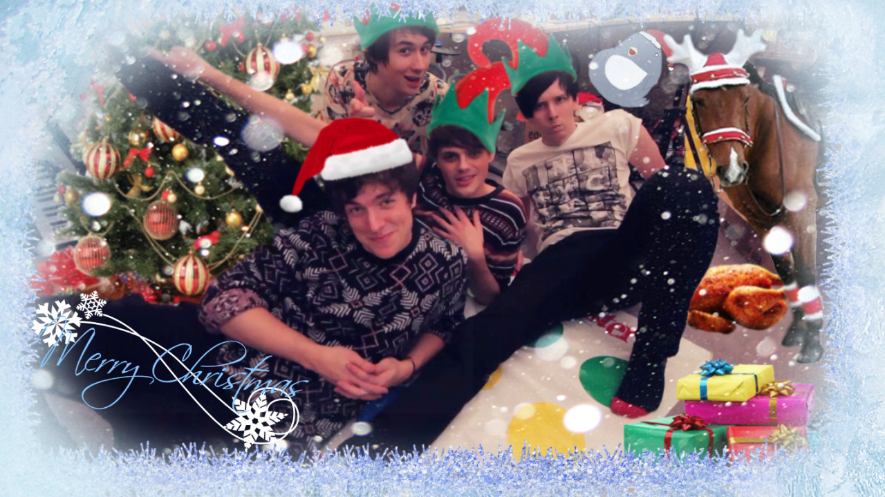 MERRY CHRISTMAS FROM THE FANTASTIC FOURSOME! In the holiday spirit, we decided to play the most festive game of them all - TWISTER! click one of our faces to go watch the video. If you'd like to share this video of us making a tit out of ourselves, please do, it helps out a bunch!