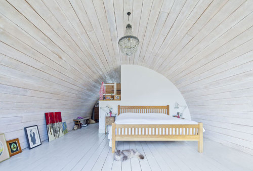living in a seashell (via Mole Architects)