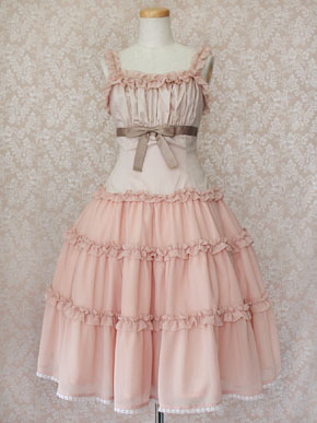mlle-marianne:  I wanted to share my love for the chiffon fabric in lolita, so here is a little display of victorian maiden's models in pink (Part 1)  want