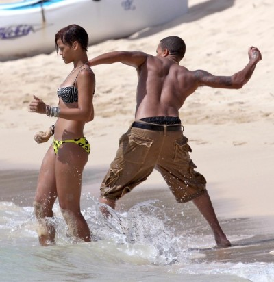 sasssymuslim:  peetaah:  Rihanna, watch out!  omg