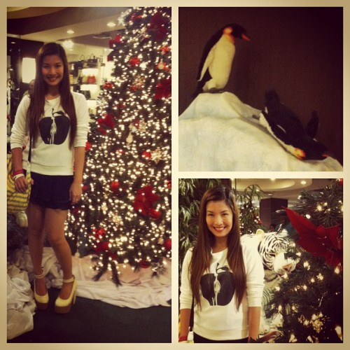 ilovejamich:  Happy Holidays! 🎄🎁  #DBSpotted Mich of Jamich wearing Dreambigshop's sweater and shoes! <3