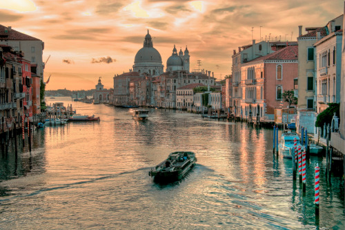 allthingseurope:  Venice (by Ryan Phillips Photography™)  Just about 12 hours separate me from this beautiful place.