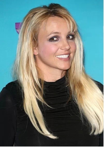 It has been quite the start to 2013 for Britney Spears. First, there is the break-up with fiance, Jason Trawick. Second, Britney quits The X Factor. But, now, reports are stating Britney may be moving to Las Vegas and might receive $100 million for an on-going gig at one of the casinos!