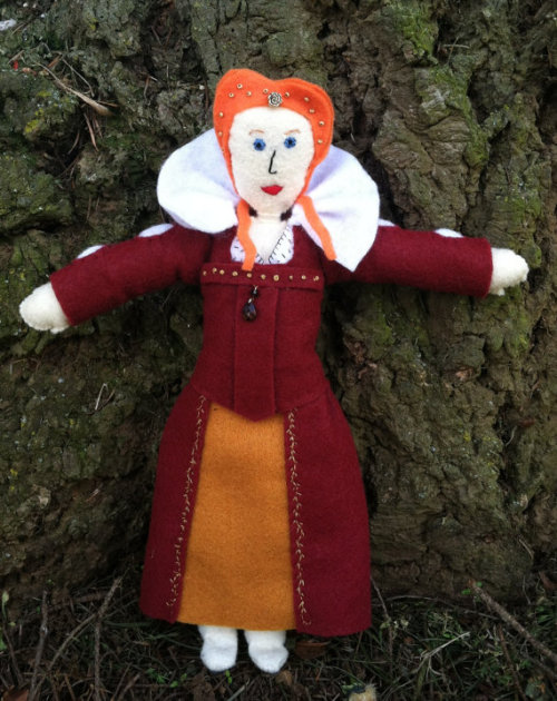 hey guys it's that time again: NEW STUFFIE Elizabeth I, about a foot tall, in a burgundy and gold embroidered felt gown with beading! https://www.etsy.com/listing/129489468/felty-monarchs-elizabeth-i-art-doll