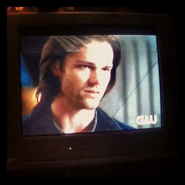 BRB CRYING. Carry on my wayward SONNNNNNN… 😂😭😭 #Supernatural #EightSeasonsStrong So happy it'll be back for a ninth season. 👌😄😊 #jaredpadalecki #jensenackles #sam #winchester #dean #castiel #mishacollins #tv #show #thecw #seasonfinale #carryonmywaywardson #song #kansas #band