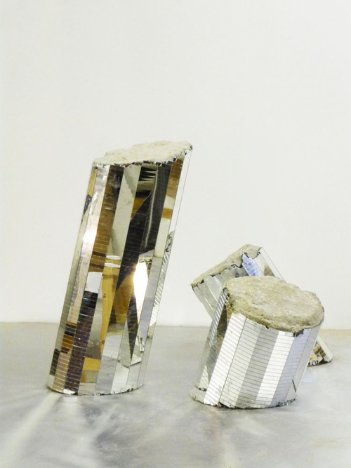 prefaces:  Jostin Morin. Melted Bones, 2011. Concrete and mirrors. 80x35 cm / 50x35 cm / 45x35 cm.