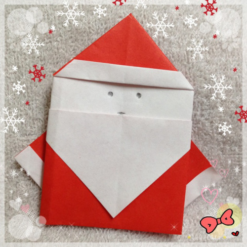 origami santa. since it's almost christmas, it's time to make some santas. =p this version of origami santa is fairly easy, there are a lot others, even 3D ones which looks much nicer but more complicated. i picked this because i think it's kinda cute, and it's easy to learn. youtube link here.