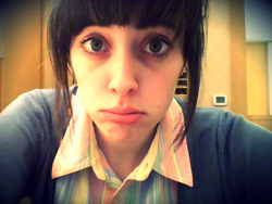 I have a runny nose and I just want to go home. Work is so slow right now :(