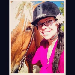 Chloe the horse and I!!!! Having fun!!! 🐴🌸