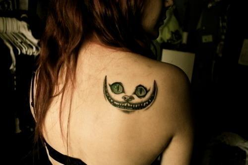 Décore ton corps - Piercings et Tatouages. | via Facebook on @weheartit.com - http://whrt.it/12qzeBq