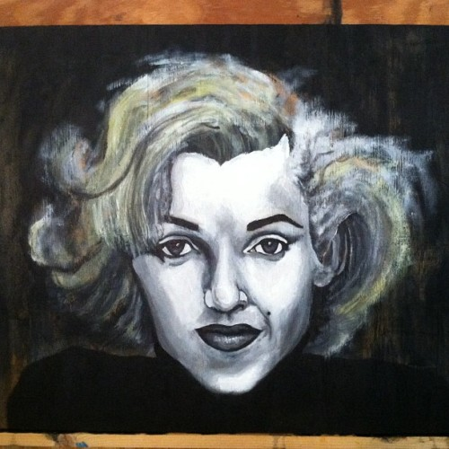 "More value to her hair and she's done! Acrylic on 2x4"" and 1/2"" plywood. She is for sale and I also will have prints available. Email nicolmorris6@gmail.com for more info 💁 I also do commissions #marilynmonroe #realism #freehand #portrait #portraiture #art #artist #floridaart #femaleartist #tampa #stpetersburg #dtsp #stpete #clearwater #dunedin #dls #artlife #paintlife #miami"