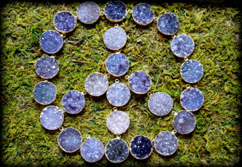 Wear purple for peace day! PS: The druzy is said to have calming properties. All the better for your peaceful pursuits!