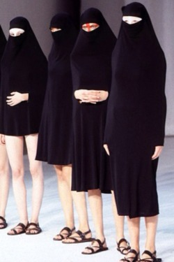 "Hussein Chalayan, Spring 1998 ""Between"""