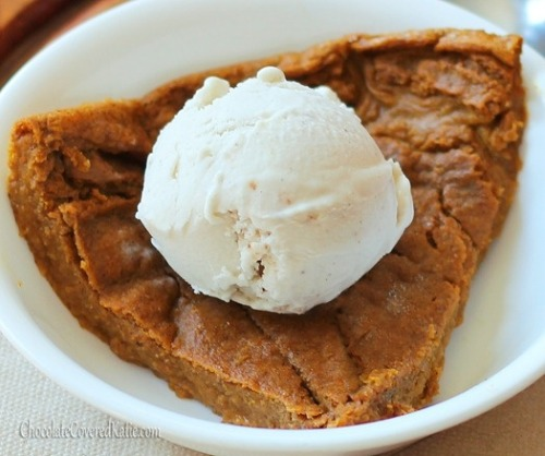 healthier-habits:  Crustless pumpkin pie. Under 400 calories for the ENTIRE pie. (I'm sure that doesn't include the ice cream) Recipe Link: chocolatecoveredkatie.com Click here for more healthy recipes!