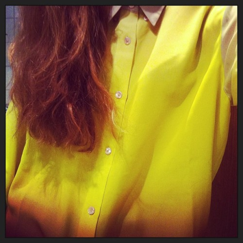 Ny skjorte ☺👔💸 #acne #yellow #bordeaux #shirt #skjorte #hair #new #sale #shopping