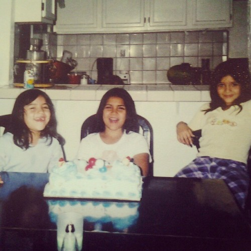 Back in the l.a house. Simple birthday. #tbt #turning9 #westillcute #Vanessa @mami_ruiz1014 #dontknowwhereritzis #la #hometown