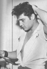 graceland1962:  No man can pull this shirt off except this man.  Elvis
