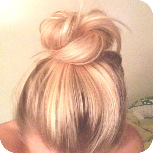 Mastered a super cute messy top knot with not long enough fine hair. Best accomplishment of my first day of classes by far.