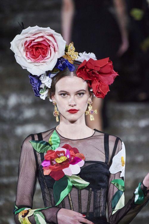 Dolce & Gabbana, Alta Moda, Florence, Italy 2020.. #fashion#modern #dolce & gabbana #alta moda