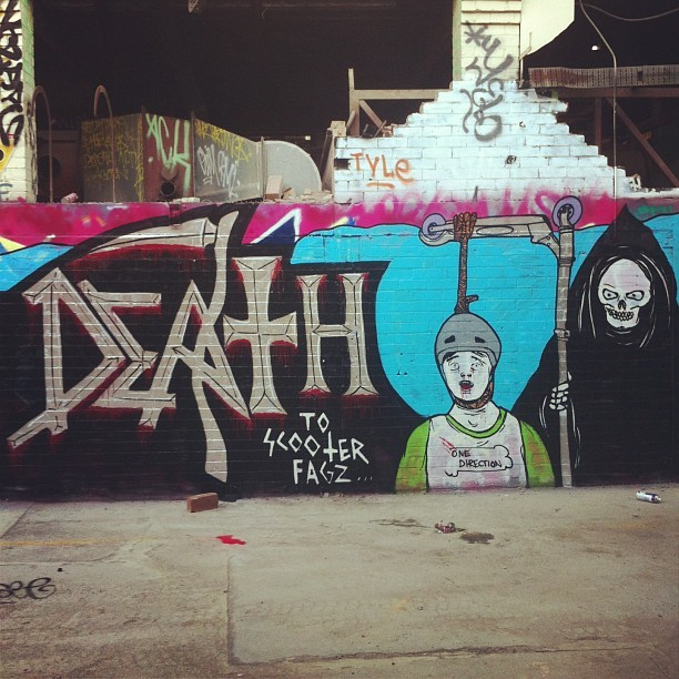 lushsux:  DEATH to scooter fagz… #graff #graffiti #banscooters #scooterexecutions #death #deathmetal #ripchuck