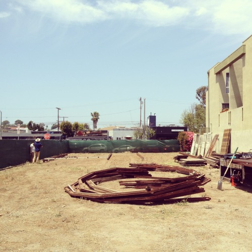 Ready to build the Styleliner LA pop-up shop in a Quonset hut!