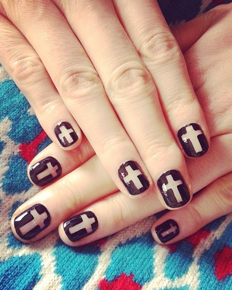 madelinepoolenails:  Jen Brill, clear cross, clear chanel
