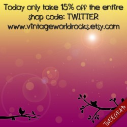 Today only take 15% off the entire shop code: TWITTER www.vintageworldrocks.etsy.com  #fashion #vintage #love #etsy #etsyvintage #bestofetsy #girl #clothes (Made with @Tweegram App)