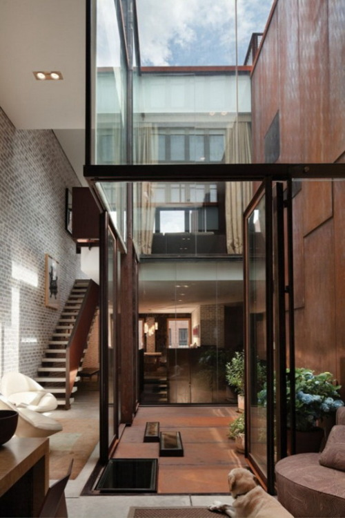 cjwho:  Inverted Warehouse/Townhouse in New York – amazing home,created by Dean-Wolf Architects. Worked on the project architect Charles Wolfe and designer Yunjin Seong.