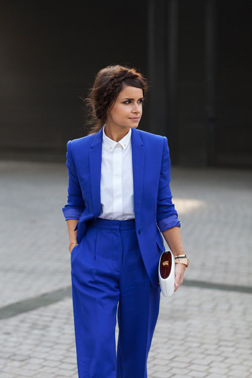 fonrenovatio:  MirosLava Duma.