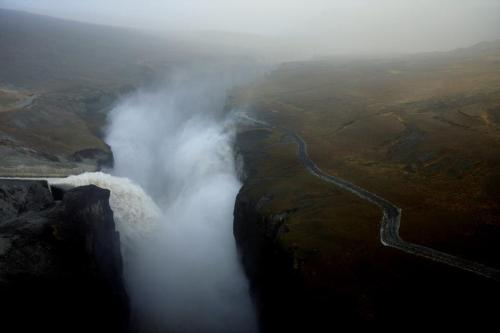 omega-and-fox:  Waterfall in Iceland, Hverfandi side of Kárahnjúkar, photo by Jon Agust
