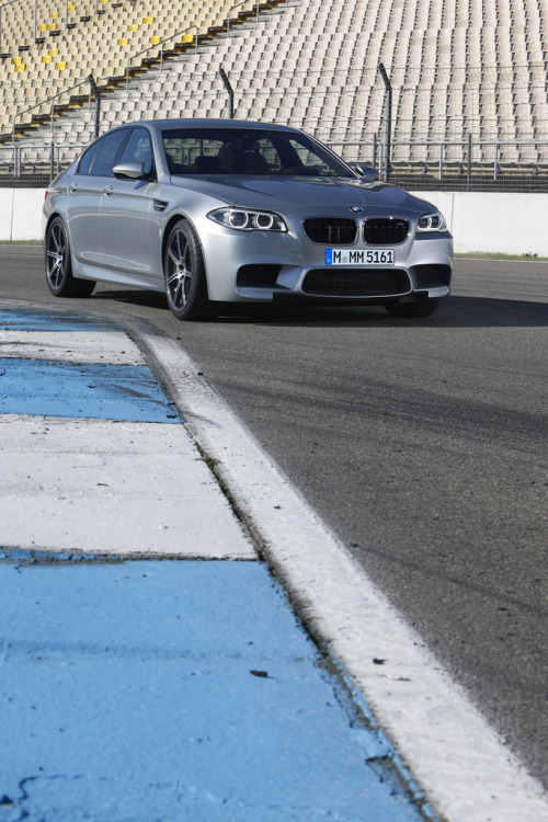 BMW M5 Competition Package (by GermanCarScene)
