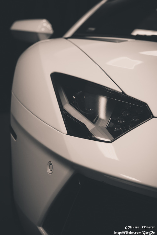 automotivated:  Lamborghini Aventator (by GtrQc)