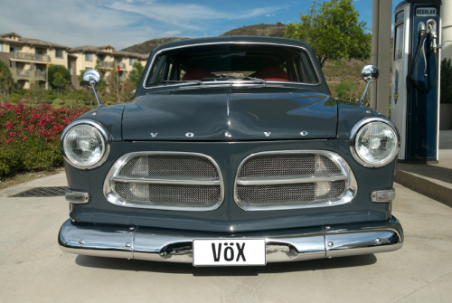raadselachtig:  Volvo Amazon 1967. Appears to be somewhat modified.